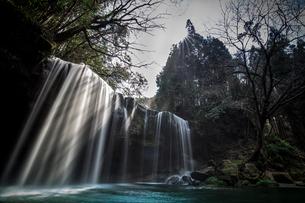 春の鍋ケ滝の写真素材 [FYI04623617]
