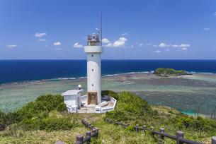 石垣島平久保崎灯台の写真素材 [FYI04624335]