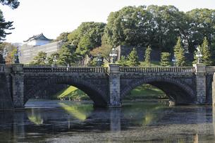 皇居の二重橋の写真素材 [FYI04626653]