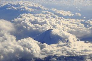 雲海と富士山の写真素材 [FYI04626717]
