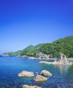 島根県 風景 海岸線と青空の写真素材 [FYI04628853]