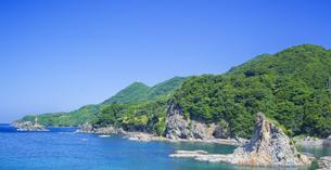 島根県 風景 海岸線と青空の写真素材 [FYI04628855]