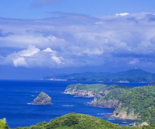 島根県 風景 海岸線と青空の写真素材 [FYI04628862]