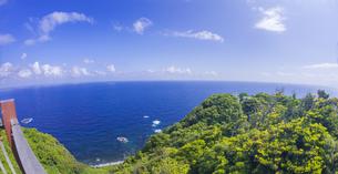 島根県 風景 海岸線と青空の写真素材 [FYI04628867]