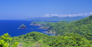 島根県 風景 海岸線と青空の写真素材 [FYI04628874]