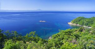 島根県 風景 海岸線と青空の写真素材 [FYI04628878]