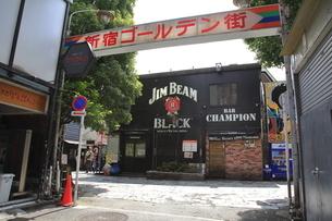 新宿ゴールデン街の写真素材 [FYI04628935]