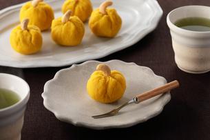 かぼちゃの茶巾の写真素材 [FYI04629703]