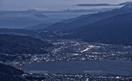 高ボッチ高原からの諏訪湖の写真素材 [FYI04629981]