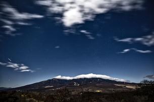 平沢峠から見る八ヶ岳の写真素材 [FYI04629988]