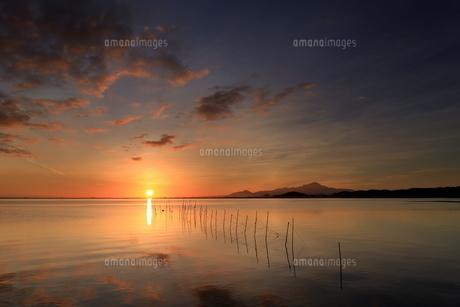 島根県松江市からの伯耆大山と日の出の写真素材 [FYI04630197]