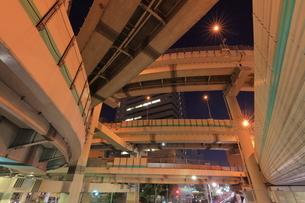 箱崎ジャンクションの夜景の写真素材 [FYI04631772]