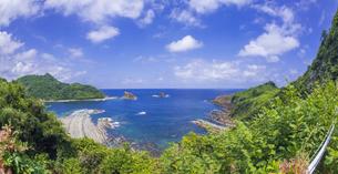 島根県 風景 海岸線と青空の写真素材 [FYI04631881]
