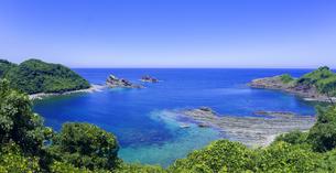 島根県 風景 海岸線と青空の写真素材 [FYI04631888]