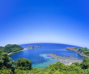 島根県 風景 海岸線と青空の写真素材 [FYI04631889]