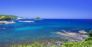 島根県 風景 海岸線と青空の写真素材 [FYI04631925]