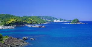 島根県 風景 海岸線と青空の写真素材 [FYI04631929]