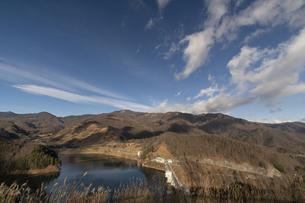 山梨 広瀬・琴川ダム 乙女湖の写真素材 [FYI04632390]