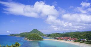 島根県 風景 海岸線と青空の写真素材 [FYI04632662]
