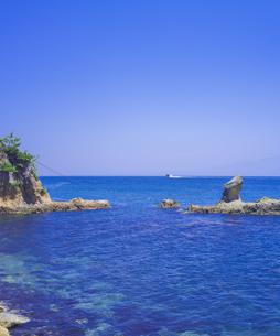 島根県 風景 海岸線と青空の写真素材 [FYI04632868]