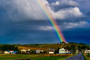 虹の写真素材 [FYI04633039]