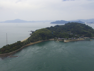 愛媛県 小島の写真素材 [FYI04633199]