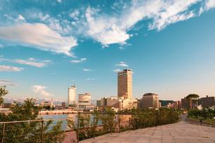 【香川県】夕方のサンポート高松 高松港の写真素材 [FYI04633299]