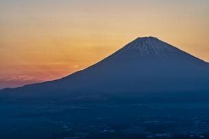 富士山の夕景の写真素材 [FYI04633317]
