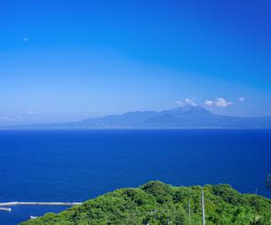 島根県 風景 海岸線と青空の写真素材 [FYI04633507]