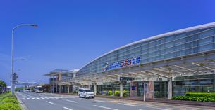 鳥取県 風景 鳥取砂丘コナン空港の写真素材 [FYI04633537]