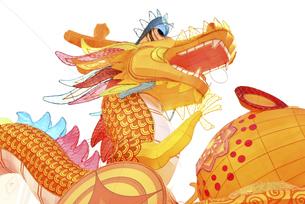 セドナ広場 新年を祝うランタンで光る龍のモニュメント(ドラゴン)の写真素材 [FYI04633926]