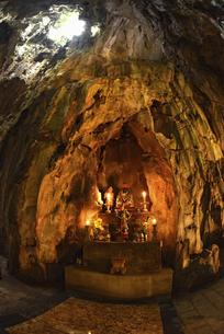 五行山マーブルマウンテンのフィエンコ洞窟の写真素材 [FYI04633946]