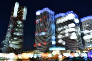 横浜みなとみらいの夜景 多重露光の写真素材 [FYI04634257]