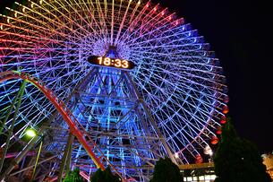 横浜みなとみらいの夜景の写真素材 [FYI04634271]