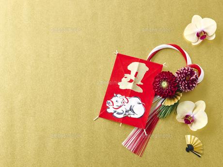 しめ縄と正月飾りの写真素材 [FYI04634909]