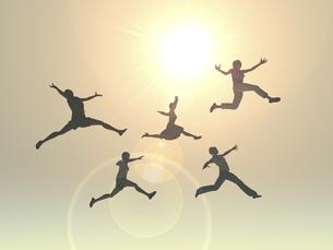 逆光下でジャンプする女性5人のイラスト素材 [FYI04635496]