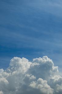 青空と積乱雲の写真素材 [FYI04635590]