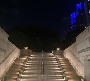都会の階段の写真素材 [FYI04635778]