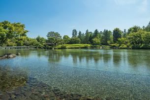 昭和記念公園の美しい日本庭園の写真素材 [FYI04635852]