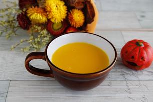 かぼちゃスープの写真素材 [FYI04635864]