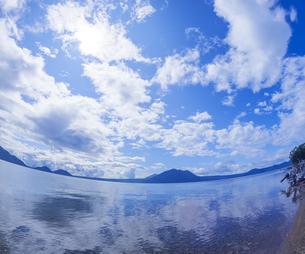 北海道 自然 風景 支笏湖の写真素材 [FYI04635951]
