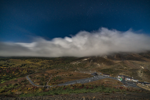 磐梯吾妻小富士夜の風景の写真素材 [FYI04635976]