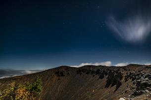 磐梯吾妻小富士夜の風景の写真素材 [FYI04635983]