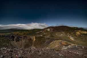 磐梯吾妻小富士夜の風景の写真素材 [FYI04635992]