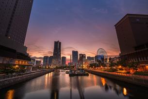 万国橋からの夕景の写真素材 [FYI04638699]
