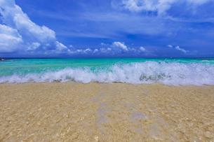 宮古島の砂山ビーチの写真素材 [FYI04644320]