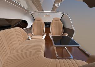 自動運転電気自動車高級サルーンのインテリアイメージ。前列シート後ろ向きで車内会議状態にの写真素材 [FYI04646096]
