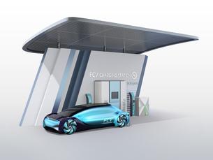 ソーラーパネルが備えている水素ステーションに水素ガスを充てんしている自動運転FCVのイメージの写真素材 [FYI04646220]
