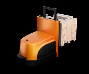 黒バックに貨物パレットを運搬するバッテリー式自動運転フォークリフト車のイメージの写真素材 [FYI04646378]