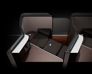 黒バックに個室型ビジネスクラススイートのフルフラットシート状態のイメージ。の写真素材 [FYI04646407]